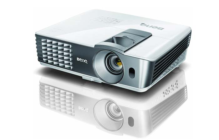 Review of BenQ W1070 3D Home Theater Projector